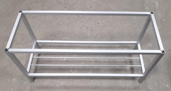 банкетка из алюминиевых труб
