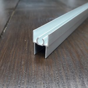 Верхний соединительный профиль двери шкафа купе | 02 серебро