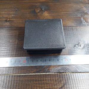 Заглушка пластиковая для квадратной трубы 100х100