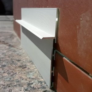 Плинтус алюминиевый скрытый монтаж 80мм. BLW-3104 L-3 метра.