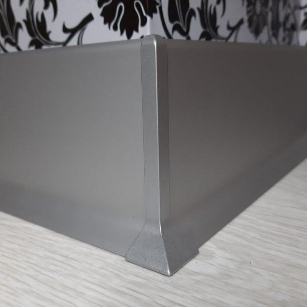 плинтус алюминиевый 80х15