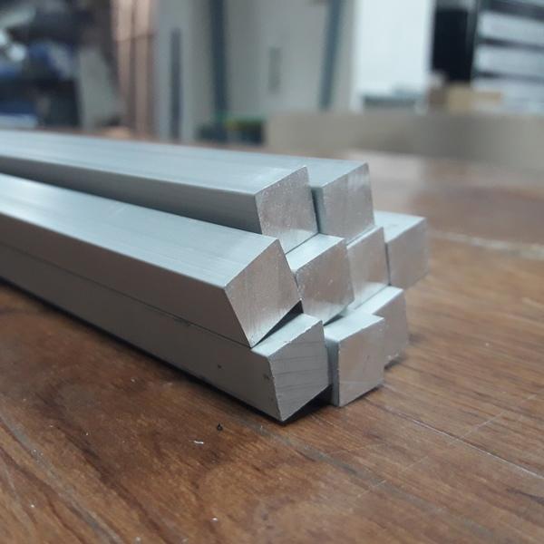 пруток алюминиевый 10х10