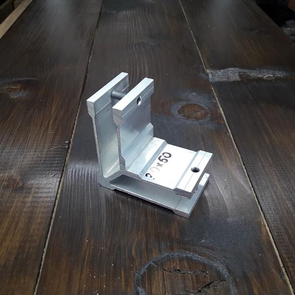 соединитель угловой для трубы 30х50