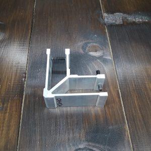 соединитель угловой для трубы 40х40