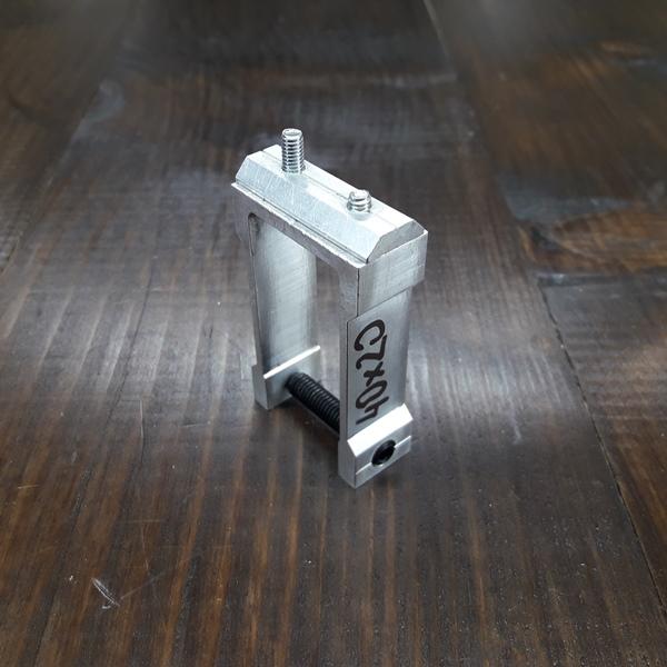 соединительное крепление алюминиевой трубы 40х20х2