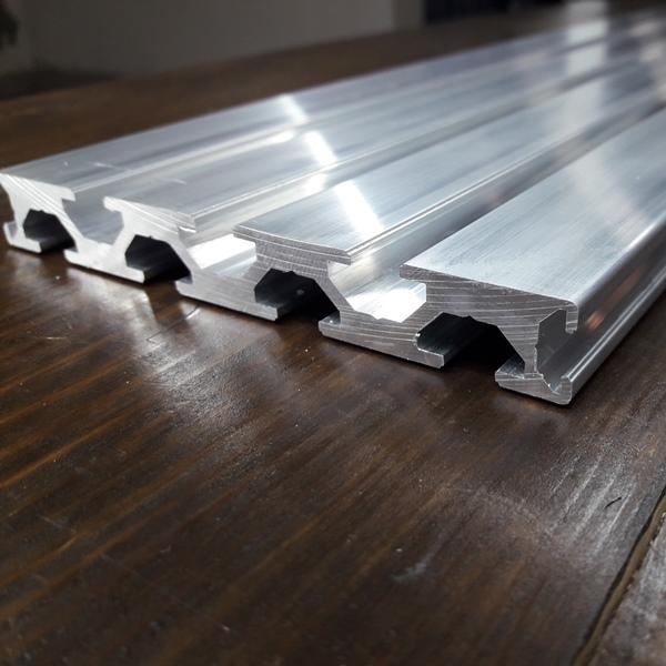 станочный алюминиевый профиль 120х15