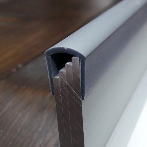 Окантовочный | Торцевой пластиковый профиль 8мм, серый.