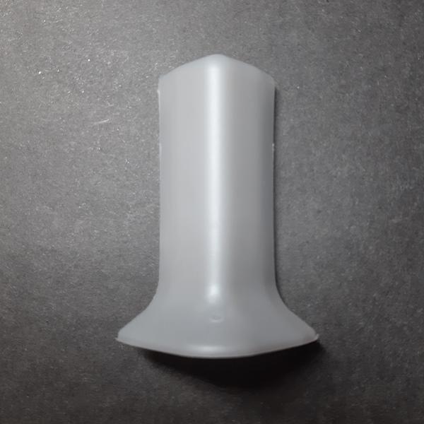 угол наружный пластиковый для алюминиевого плинтуса