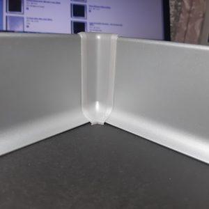 Заглушка пластиковая для алюминиевого плинтуса 60-80мм. Угол внутренний.