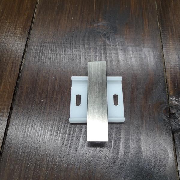 соединение для плинтуса 60мм и 78мм алюминиевое+пластиковая база