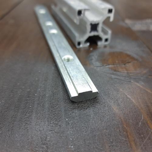 лінійний з'єднувач 30я серія L120 паз 8